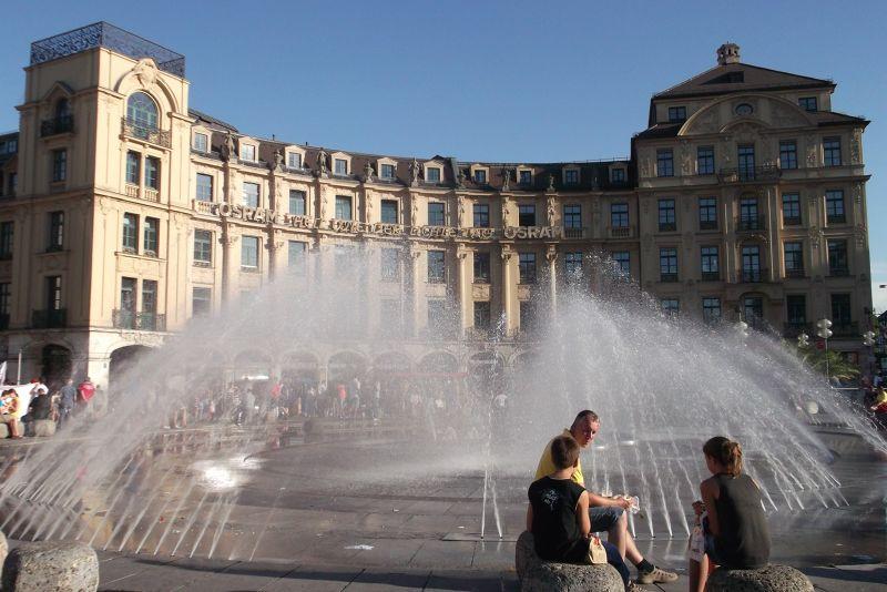 Karl's Platz Fountain. - Munich