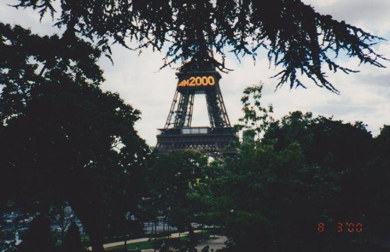 A new millenium. - Paris