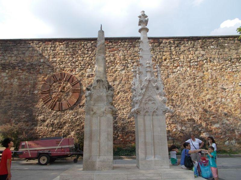 large_7138769-Zagreb_Cathedral_Zagreb.jpg