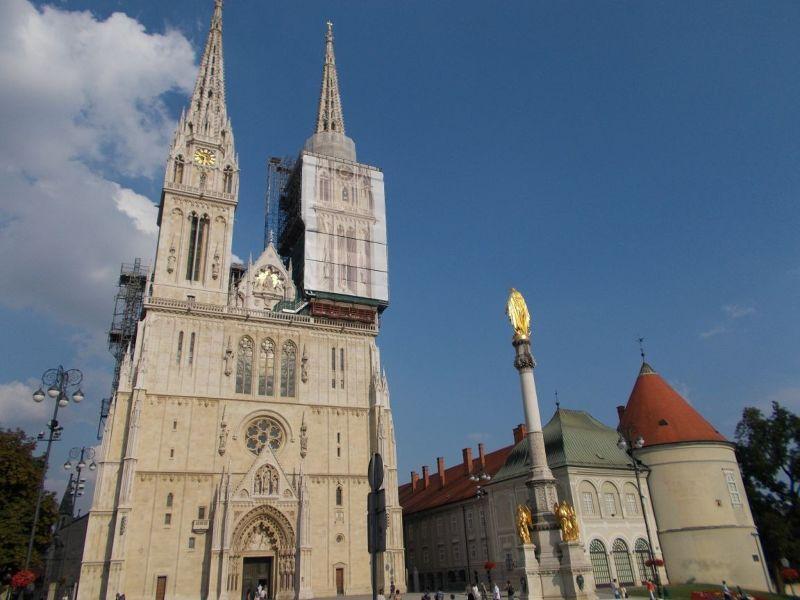 large_7138770-Zagreb_Cathedral_Zagreb.jpg