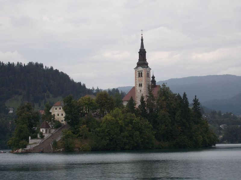 The Island on the Lake. - Bled