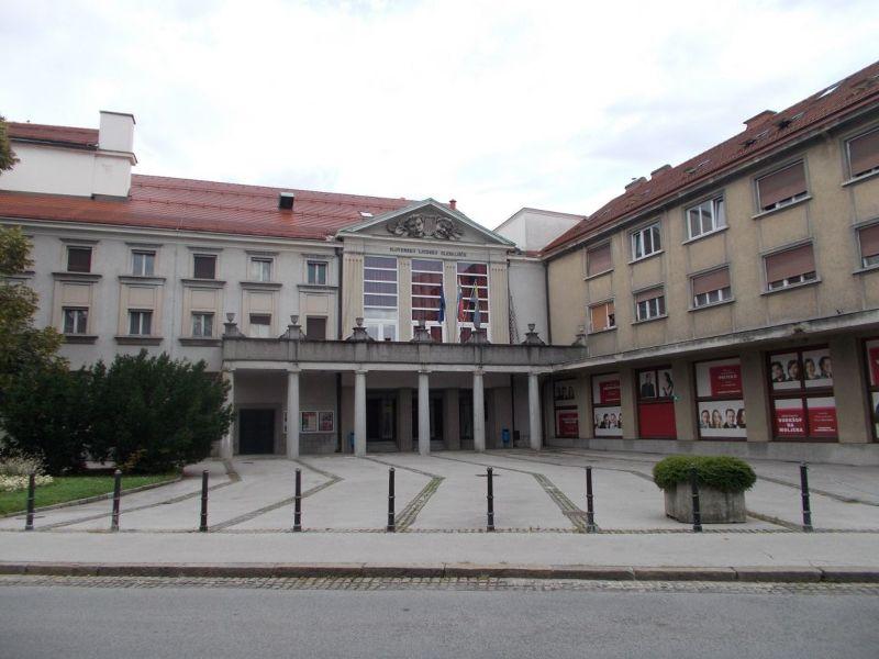 large_7146993-Celje_Theatre.jpg