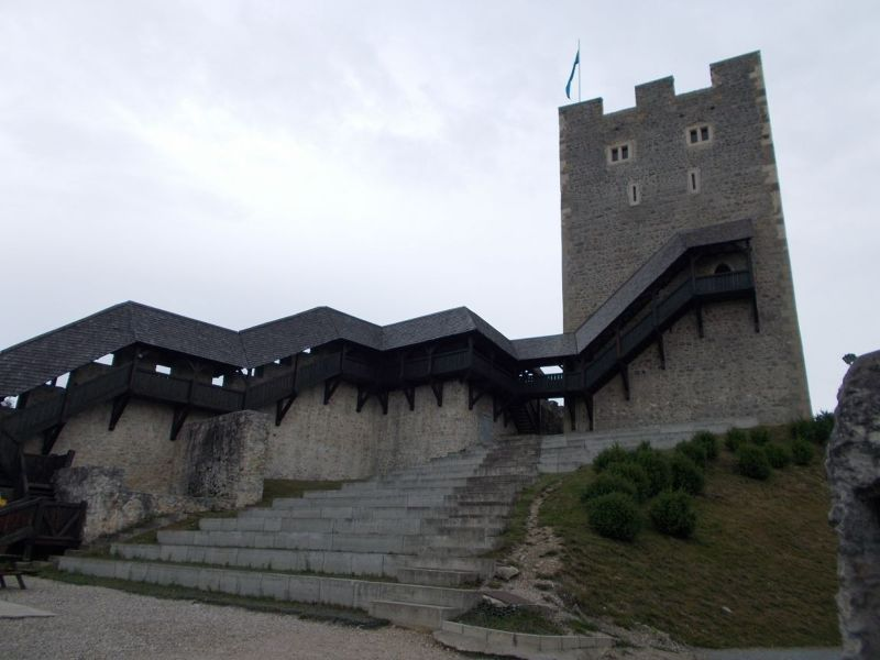 large_7146998-Celje_Castle.jpg