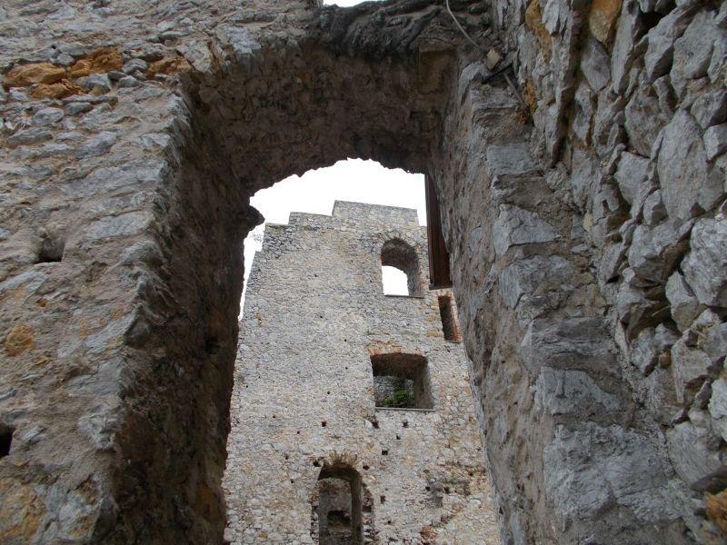large_7147001-Celje_Castle.jpg