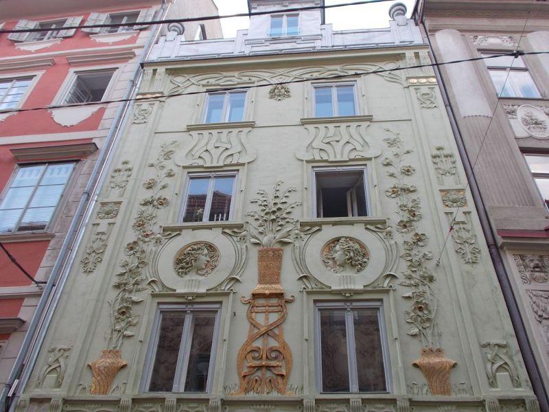 Palais Saurau
