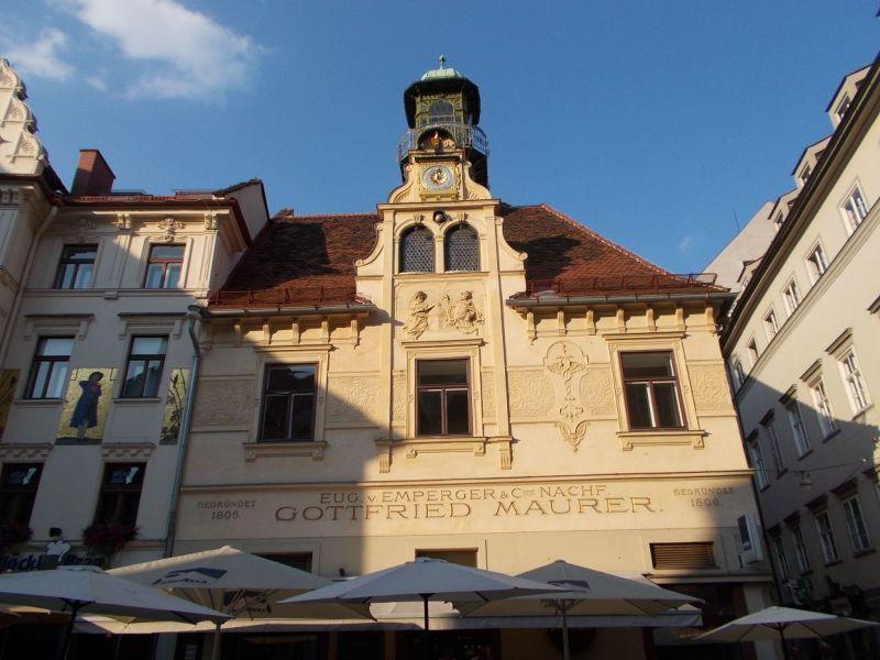 Glockenspiel Square - Graz