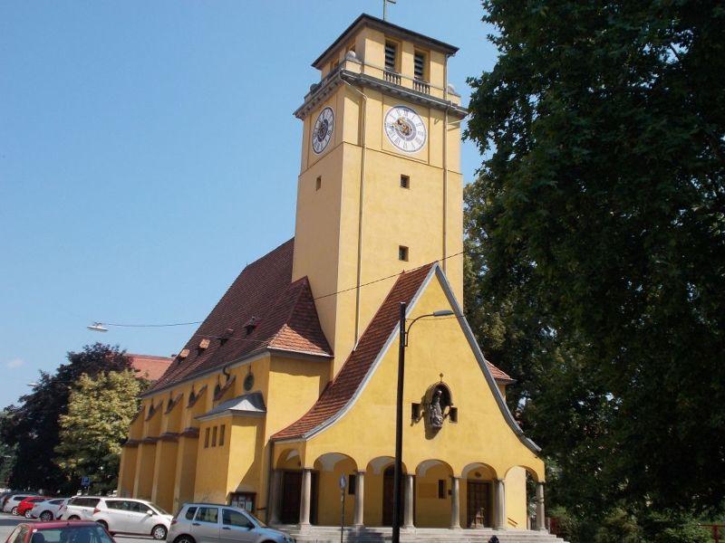 Church near Volksgarten - Graz