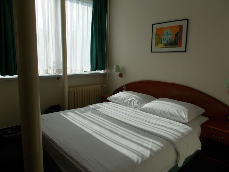 large_7177443-Our_Room_Zagreb.jpg