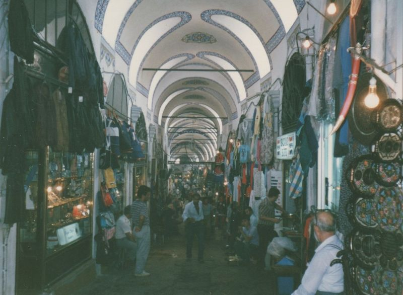 large_7186228-The_Grand_Bazaar_Istanbul.jpg