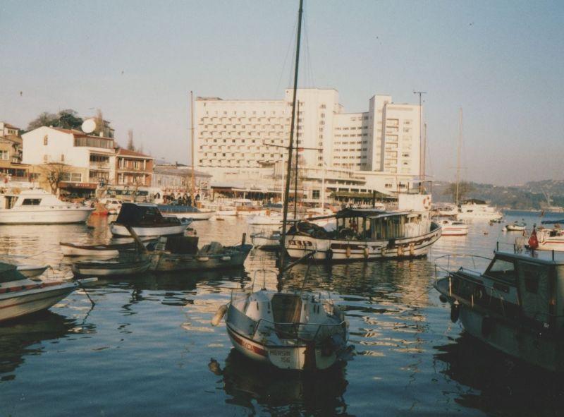 large_7189376-Tarabya_Istanbul.jpg