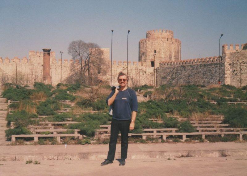 large_7189966-Yedikule_Istanbul.jpg