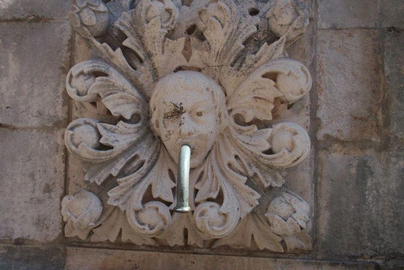 large_72253056790553-Big_Onofrios.._Dubrovnik.jpg