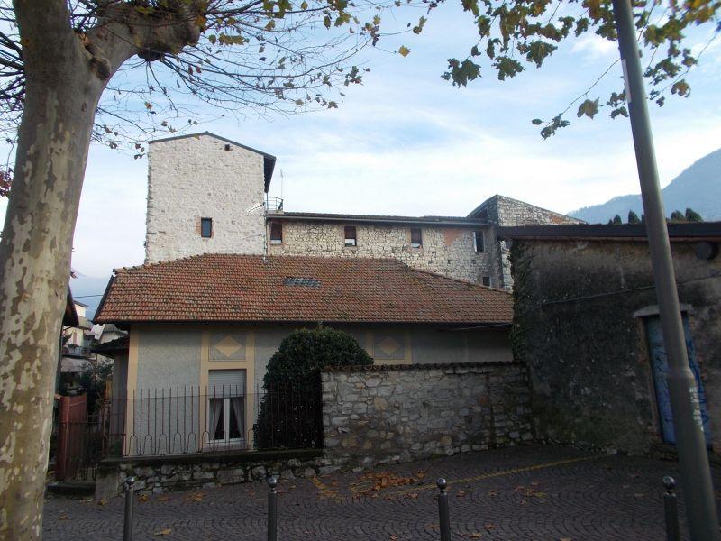 Oldofredi Castle