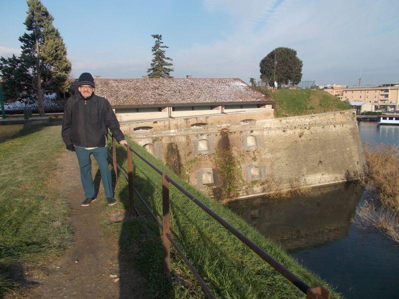 Ruins of the fortress. - Lago di Garda