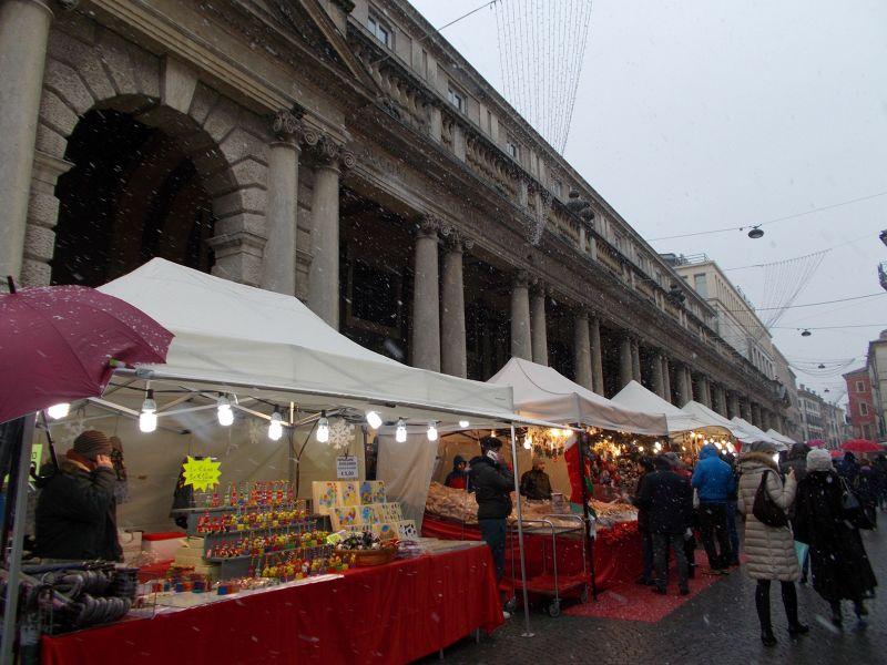 Christmas Market on Piazza Bra. - Verona