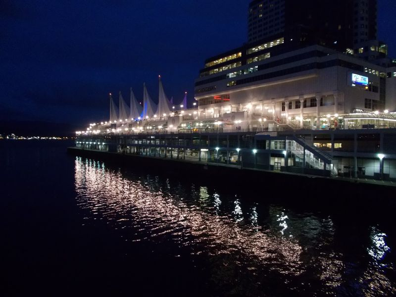 Canada Place by night. - Vancouver
