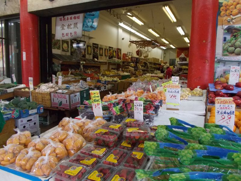 large_7350030-Chinatown_Shopping_Vancouver.jpg