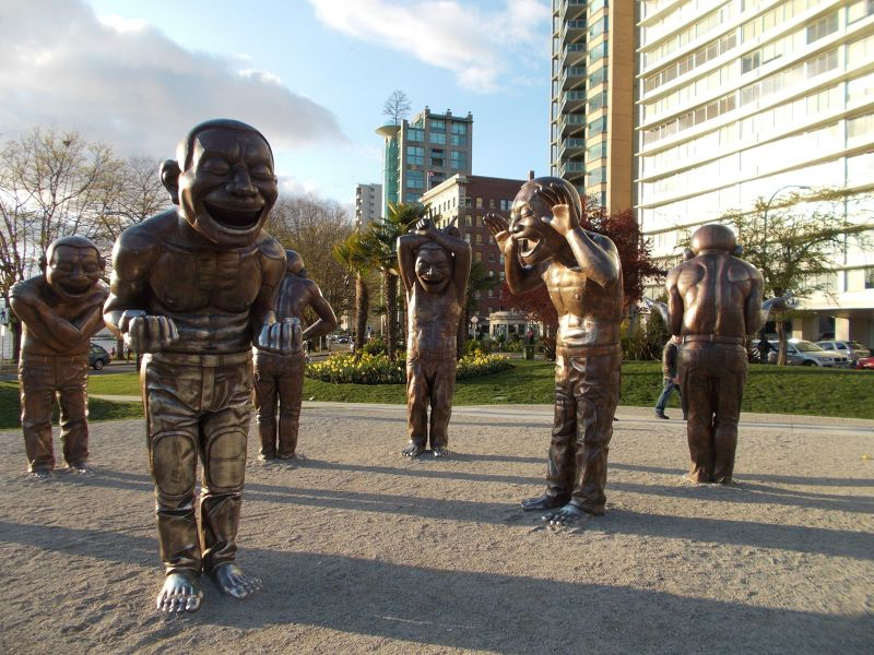 large_7351335-A_maze_ing_Laughter_Vancouver.jpg
