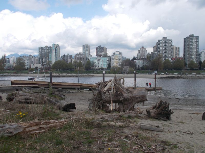 large_7353081-Beach_and_View_Vancouver.jpg