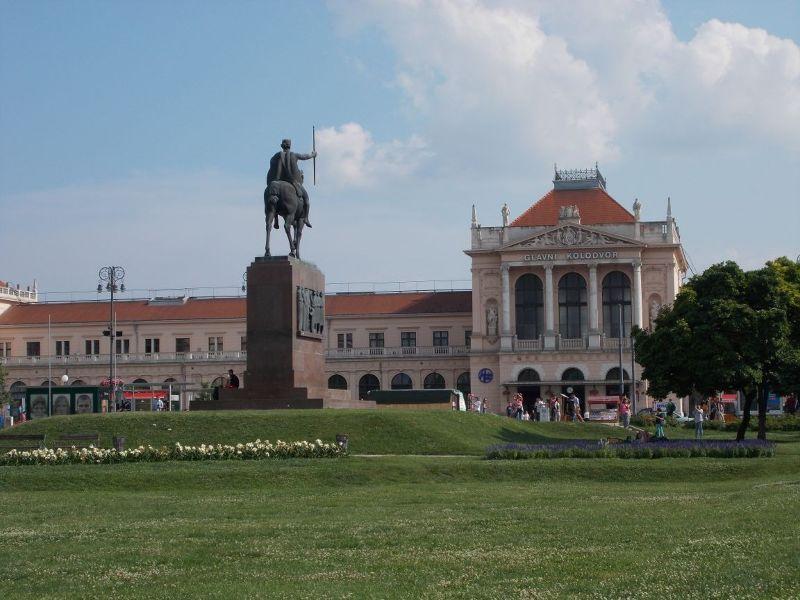 large_742445567138805-Railway_Stat..tue_Zagreb.jpg