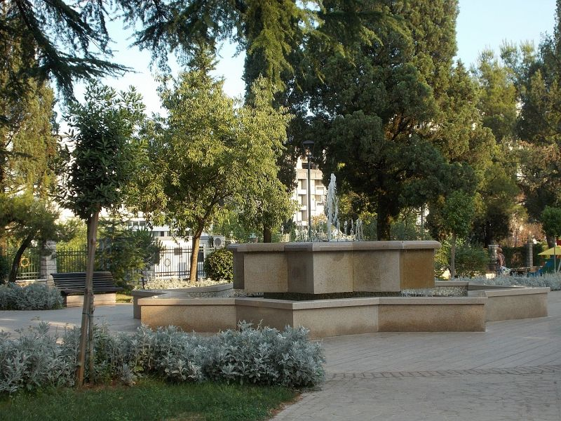 large_7444075-Parks.jpg
