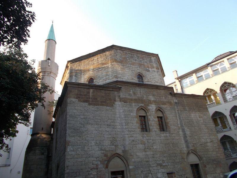 Bayrakli Mosque - Belgrade