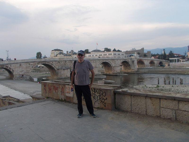 large_7449632-The_Stone_Bridge_Skopje.jpg