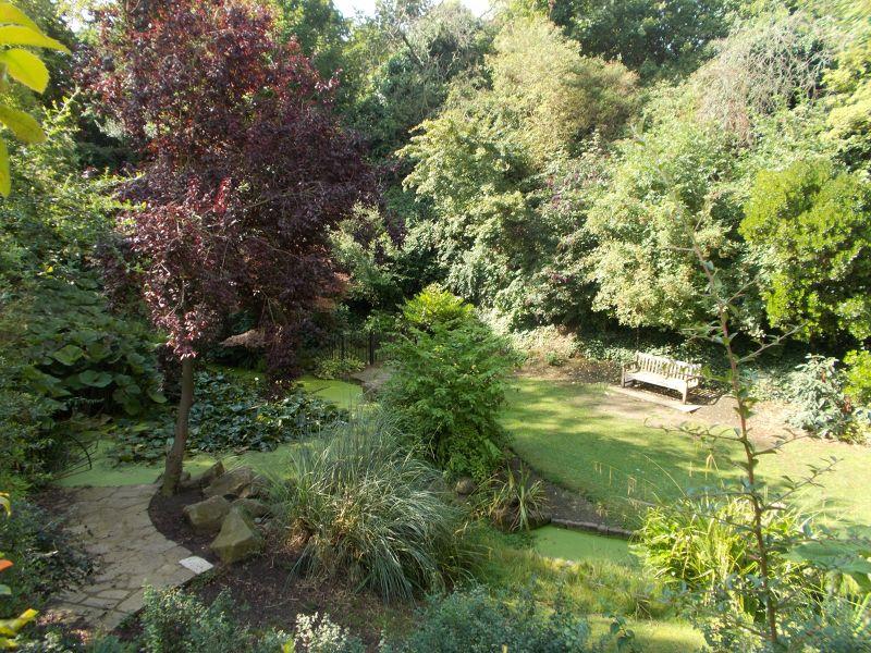 The Churchill Gardens.