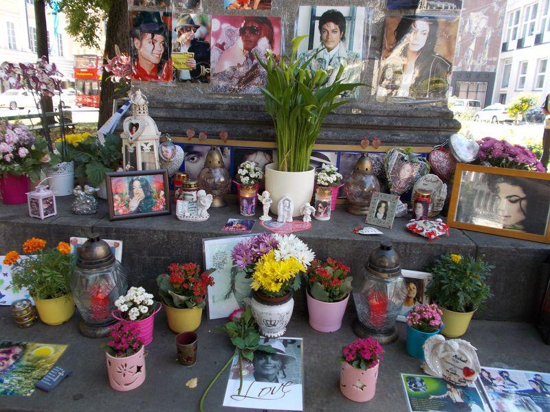 The Michael Jackson Shrine - Munich