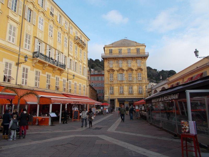 Cours Saleya. - Nice