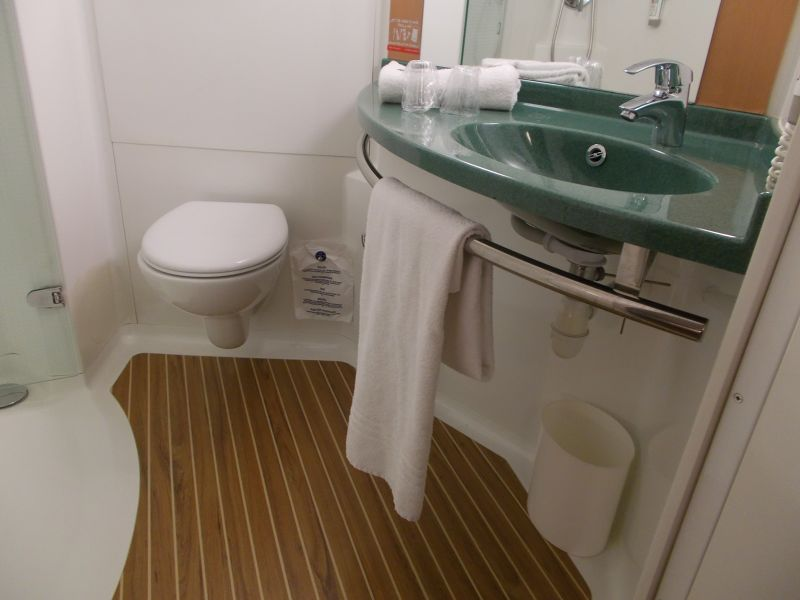 Our bathroom. - Barcelona