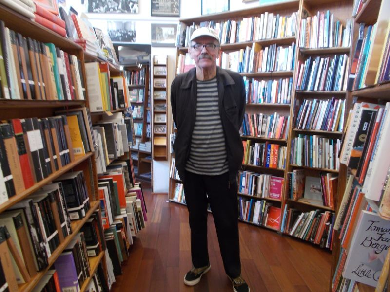 large_7574119-City_Lights_Books_San_Francisco.jpg