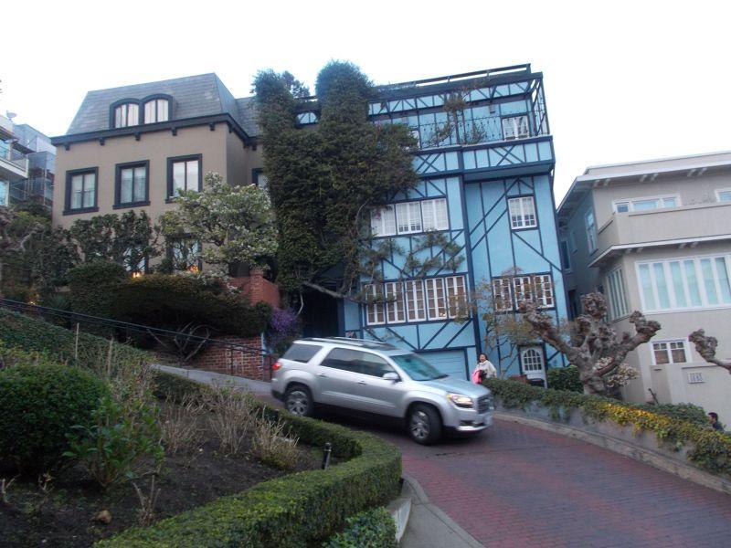 large_7574166-Lombard_Street_San_Francisco.jpg