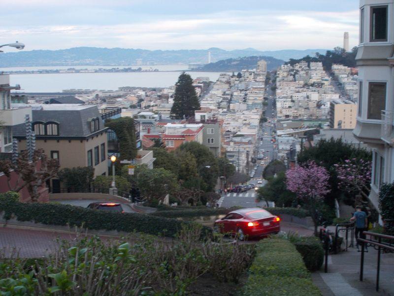 large_7574168-Lombard_Street_San_Francisco.jpg