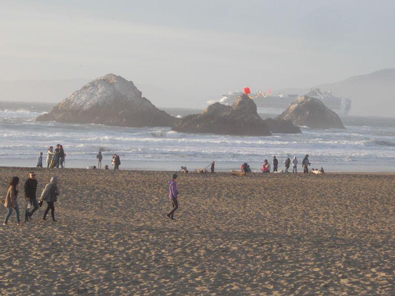 large_7576730-Seal_Rocks_San_Francisco.jpg