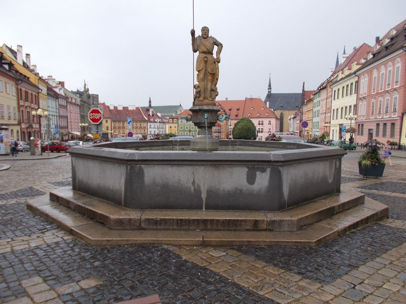 The Knight Roland fountain. - Cheb