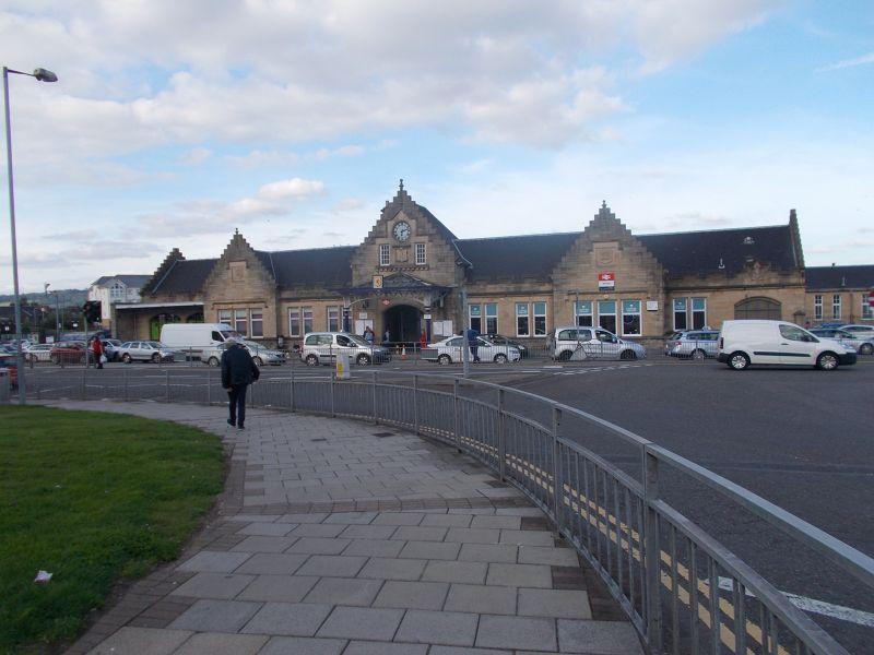 Stirling train station. - Stirling