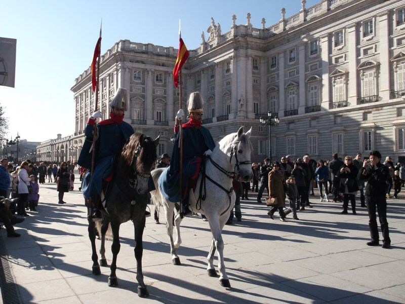 Sentries on horseback outside the palace. - Madrid
