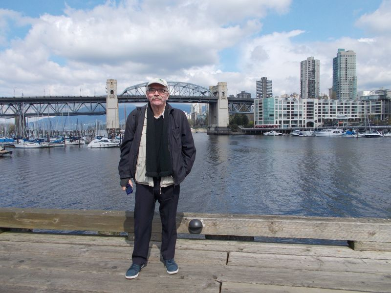 Peter in front of the Burrard Bridge - Vancouver