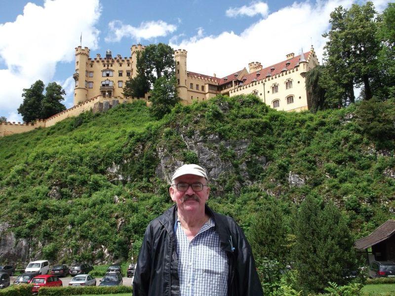 My husband in front of Hohenschwangau. - Fussen