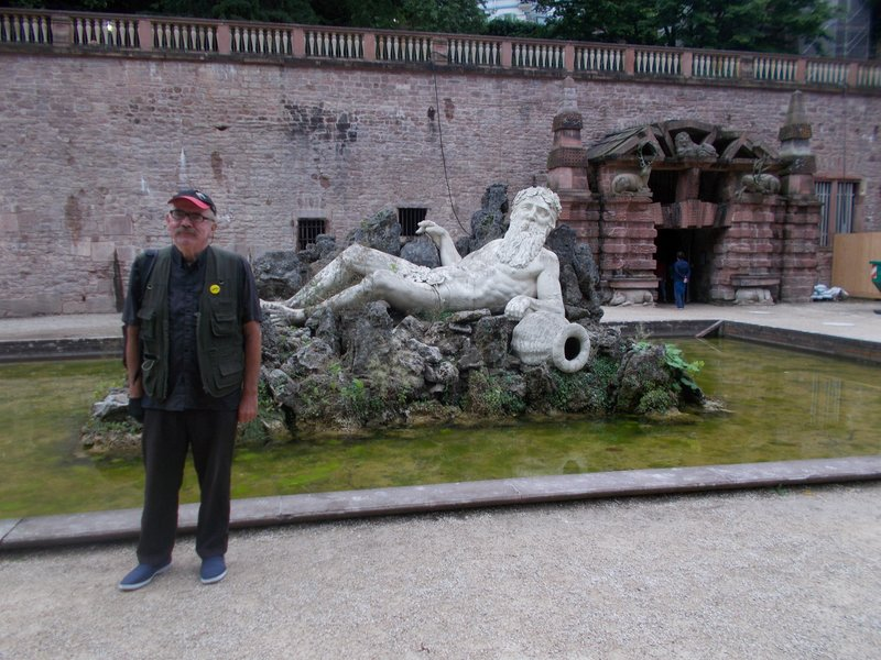 Classical statues in the castle gardens.