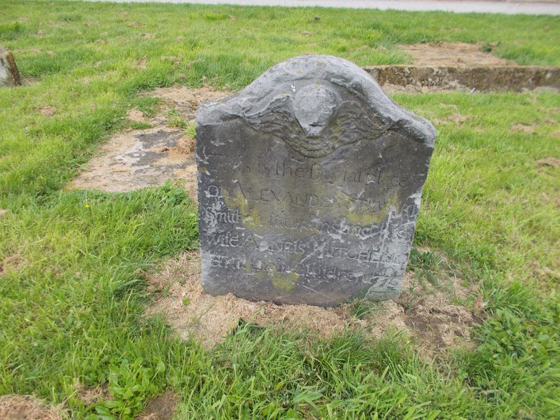 Reminds me of the grave stones in Boston.