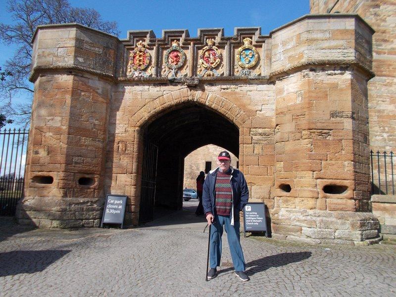 Gateway to palace.