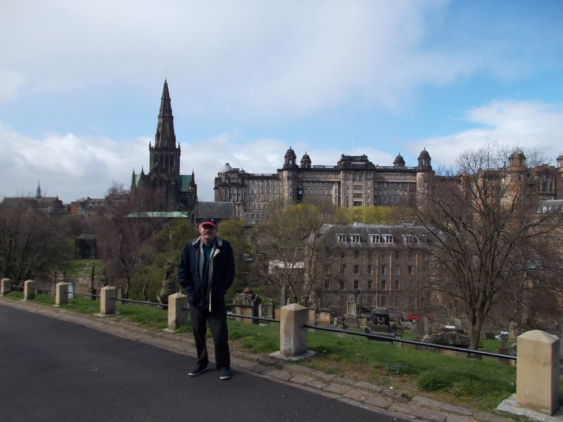 Glasgow Cathedral and the Royal Infirmary.