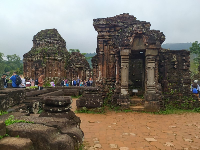 Crowded Temples.