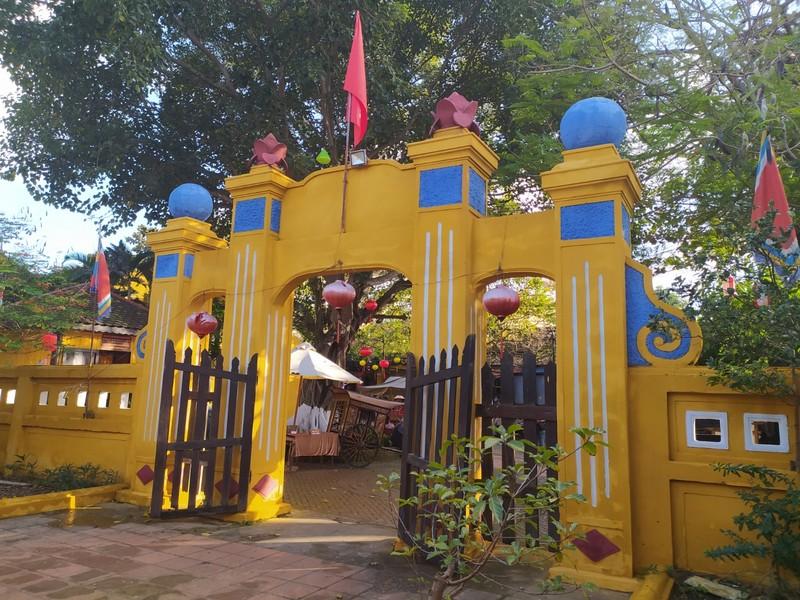 Cam Pho Communal House.