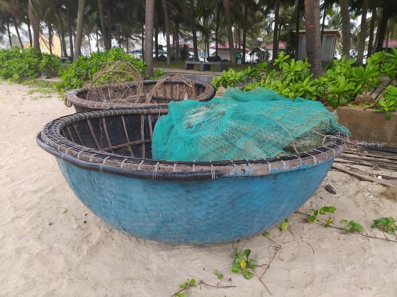 Basket boats.