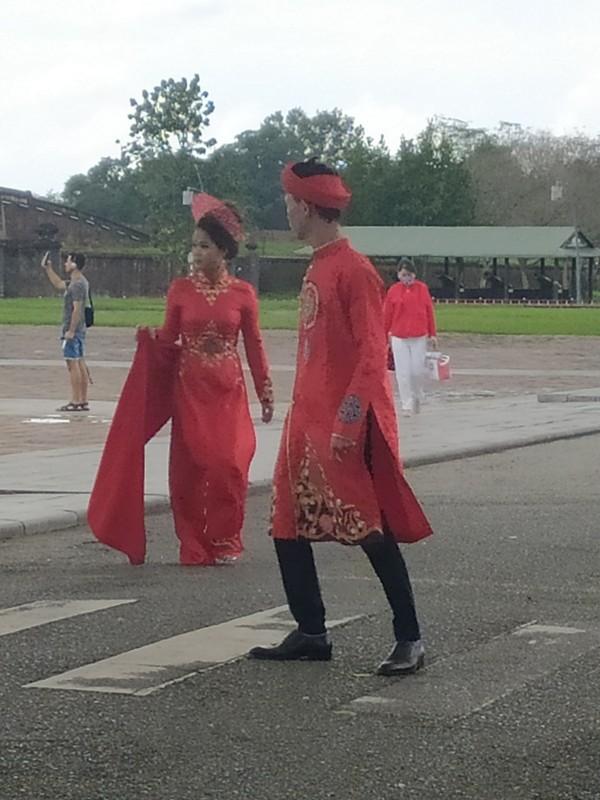 Vietnamese bride and groom.