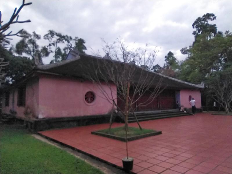 Thien Mu Pagoda.