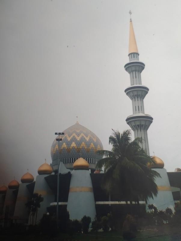 Sabah State Mosque.